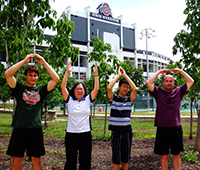 No trip to OSU is complete without the traditional O-H-I-O picture